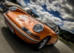 Porsche baut 800-Volt-Schnellladesäulen